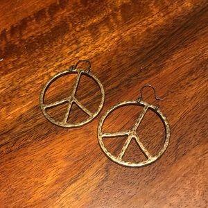 Lucky Brand Gold Peace Sign Earrings NWOT